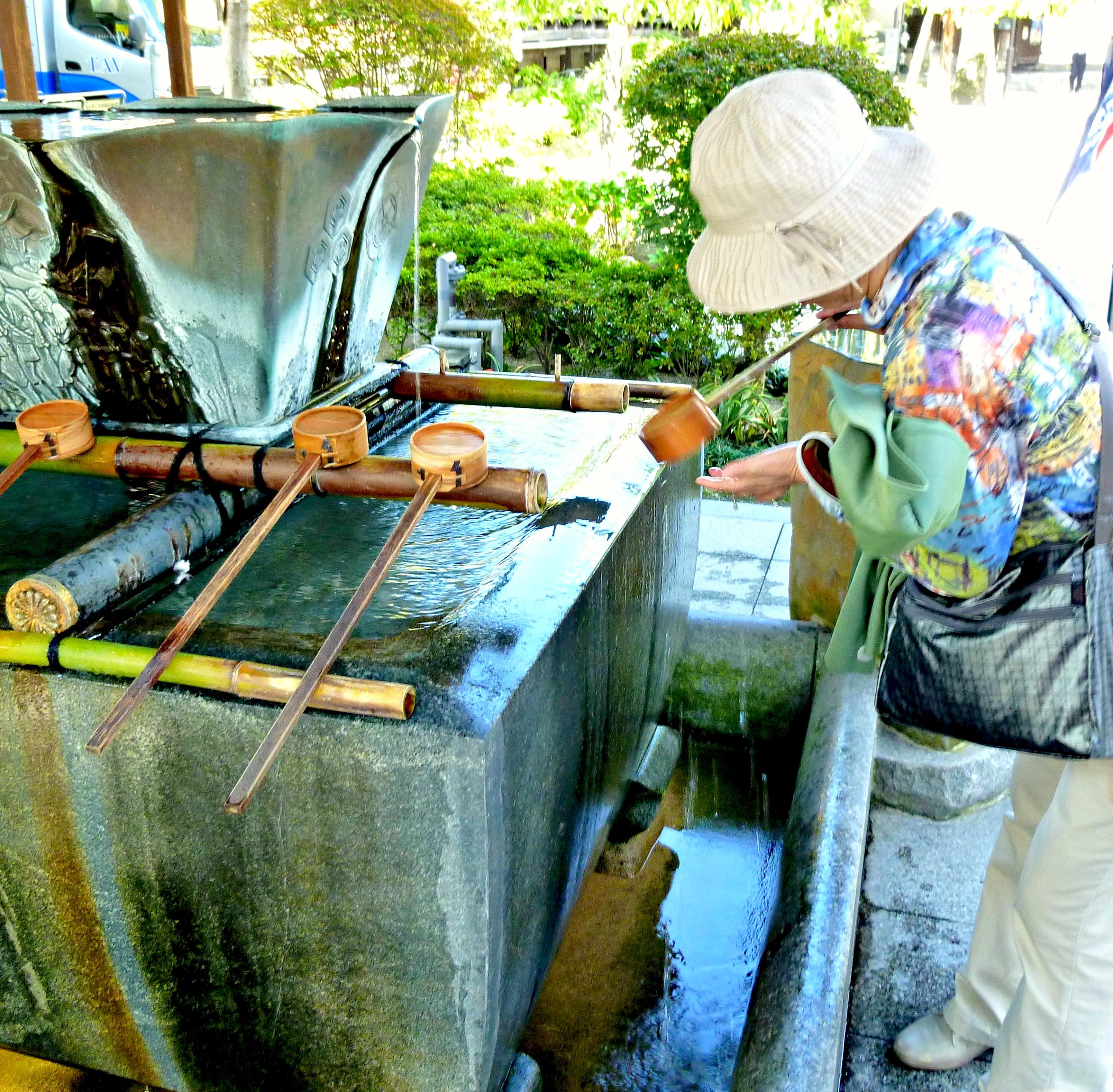 A Tour of Fukuoka Japan Kushida-Jinja Shrine 3