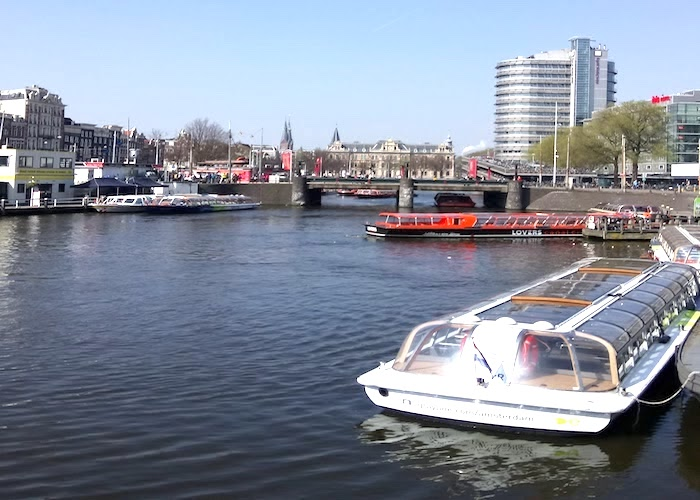 Amsterdam canal boat cruise